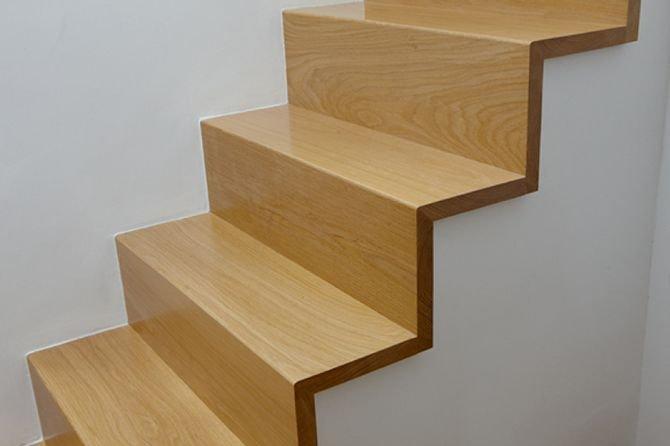 Jak zabezpieczyć drewniane schody