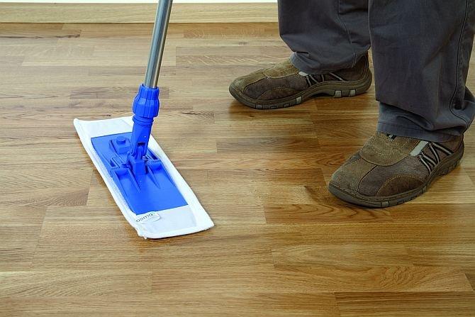 Jak pielęgnować drewniane podłogi