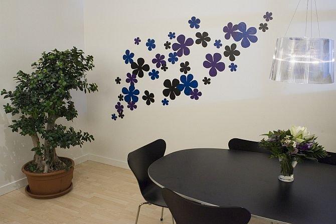 Kwiaty na ścianie