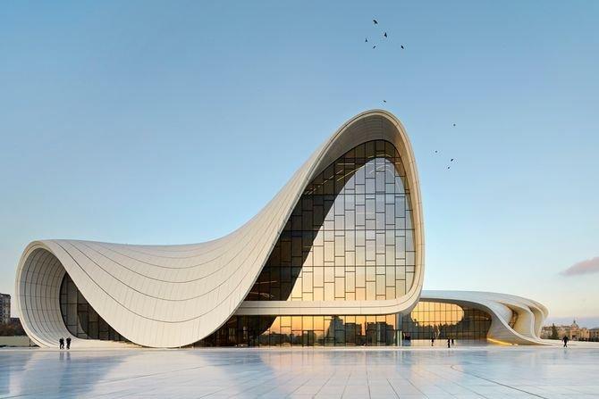 Niezwykły budynek projektu Zahy Hadid