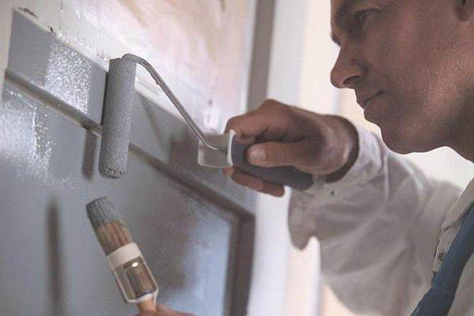 Jak malować drewniane drzwi i okna?