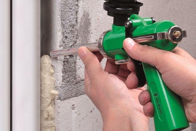 Montażowe pianki budowlaneJak ocenić ich właściwości i określić wydajność?