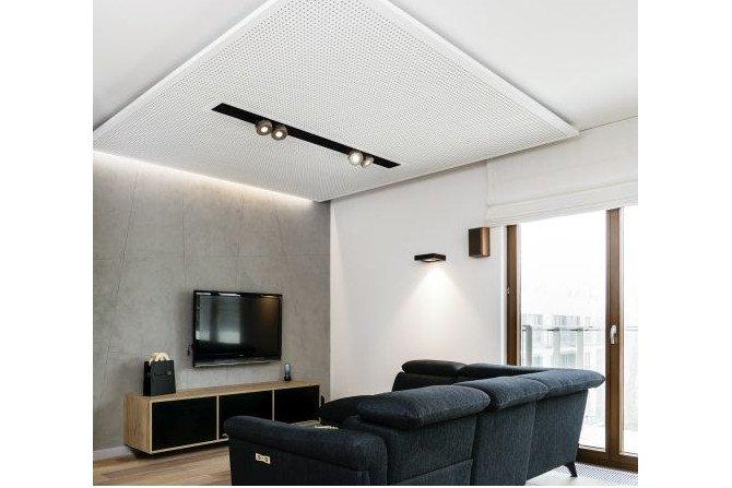 Sufit podwieszany z perforowanych płyt Knauf Cleaneo Akustik - design i funkcjonalność