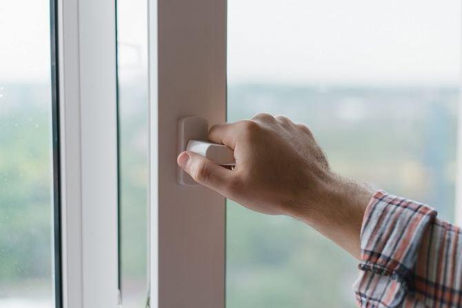 Sprawdź okna i drzwi przed zimą