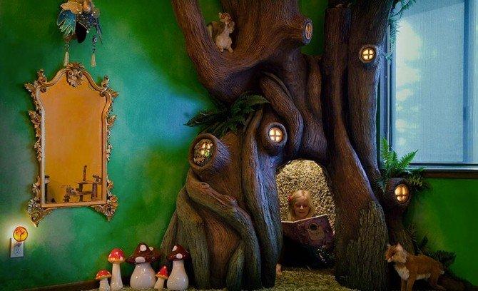 Bajkowe drzewo w pokoju dziewczynki