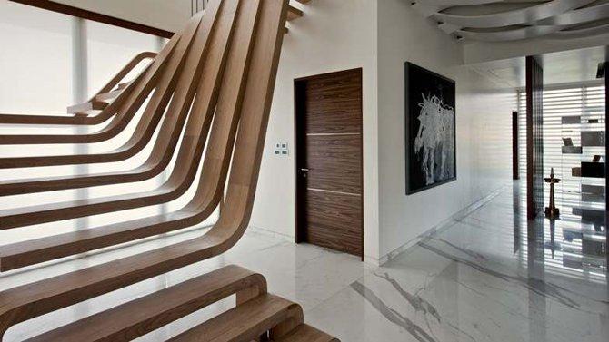 Rzeźbione schody