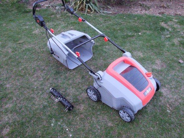 Czas odświezyć trawnik: wertykulacja i aeracja trawnika