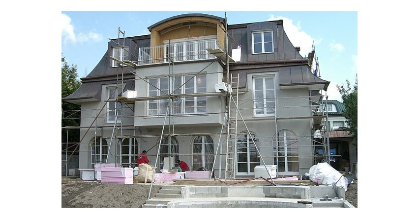 Czy jesień to dobry moment na rozpoczęcie budowy domu?