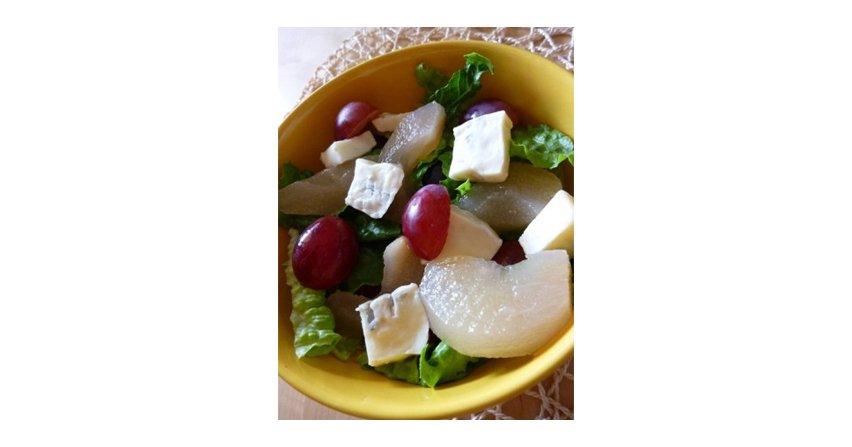Sałata rzymska z owocami
