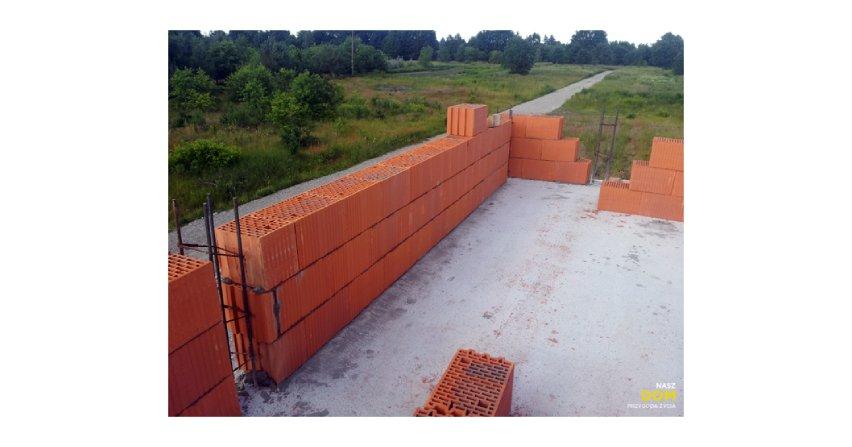 Murowanie ścian kolankowych, szczytów oraz ścian działowych na poddaszu