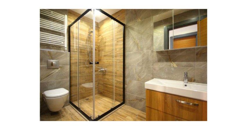 Prysznic z brodzikiem czy zlicowany z podłogą?
