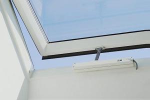 Kiedy warto zamontować napęd okienny?