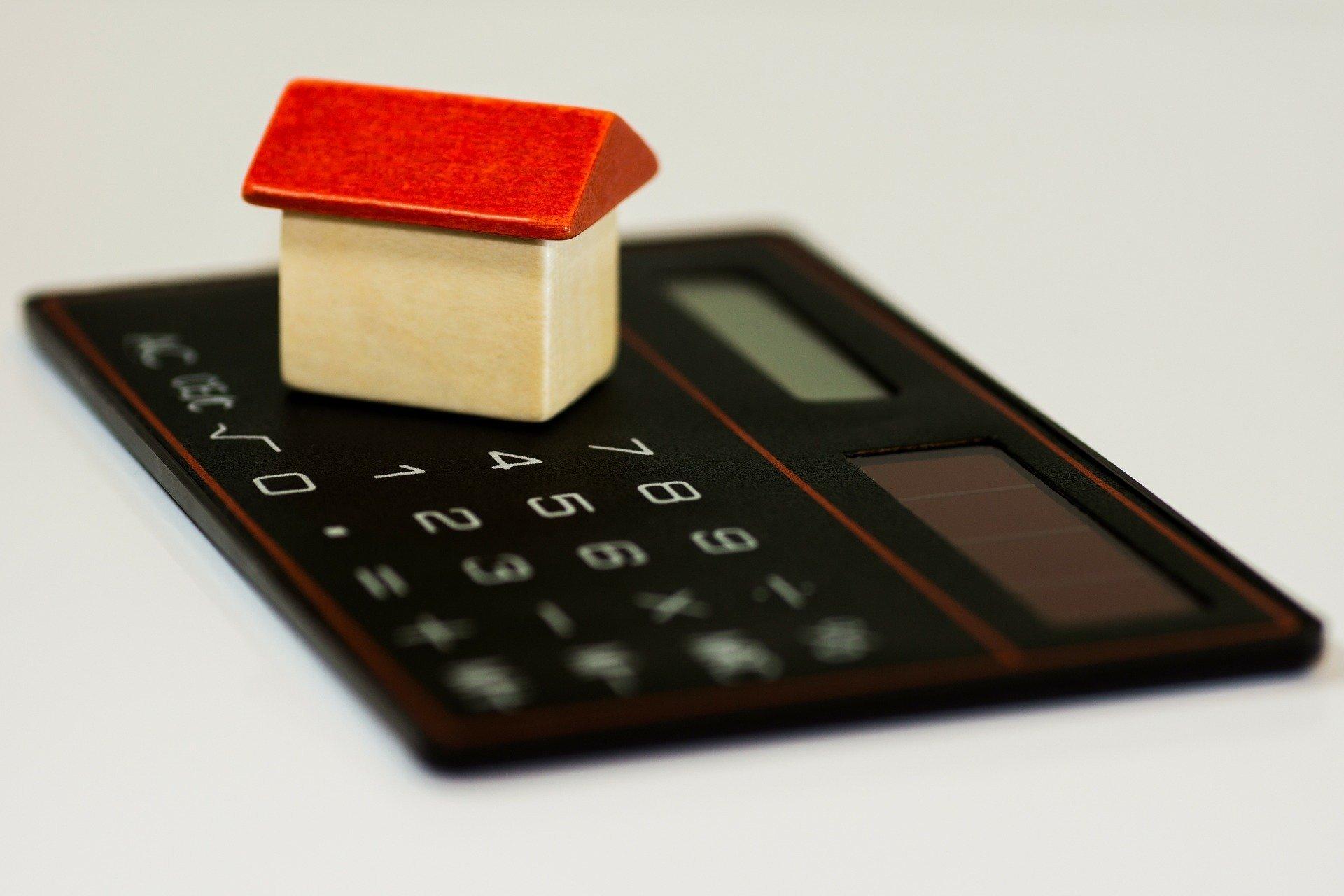 Kredyt hipoteczny 300 tys – jaka rata?