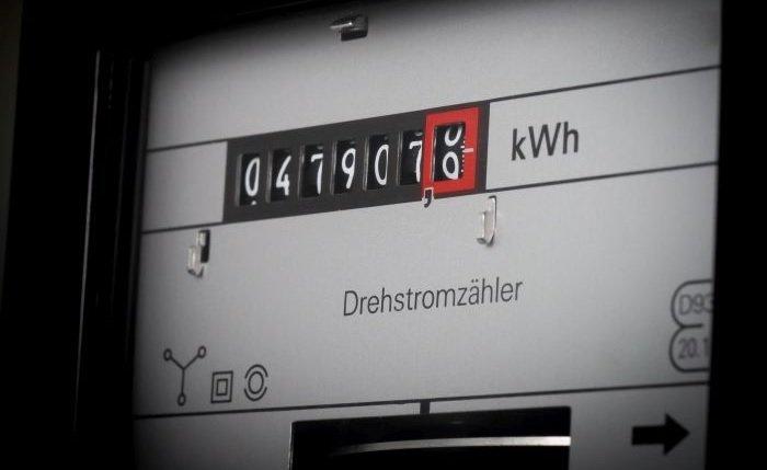 Ile kosztuje przepisanie licznika prądu?