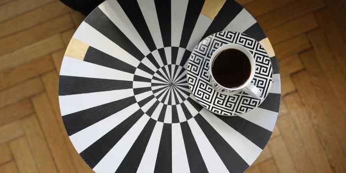 Hipnotyzujący design, czyli jak wykonać oryginalny stolik