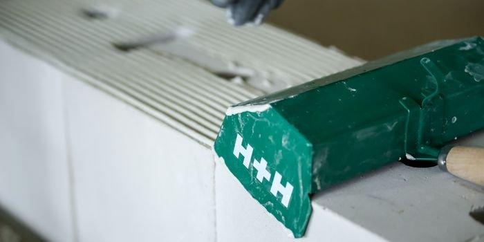 Ściany z silikatów – sposób na akumulację ciepła