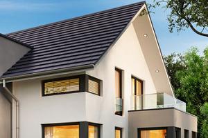 Jakie pokrycie sprawdzi się na stromym dachu?