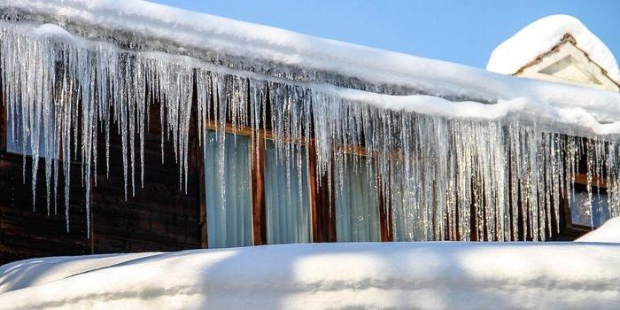Odśnieżanie budynków – porady ekspertów