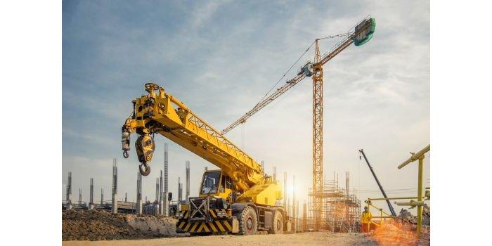 Dlaczego warto kupować używane maszyny budowlane?