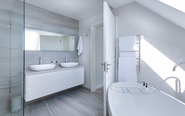 Wybierz najlepszy grzejnik do swojej łazienki »