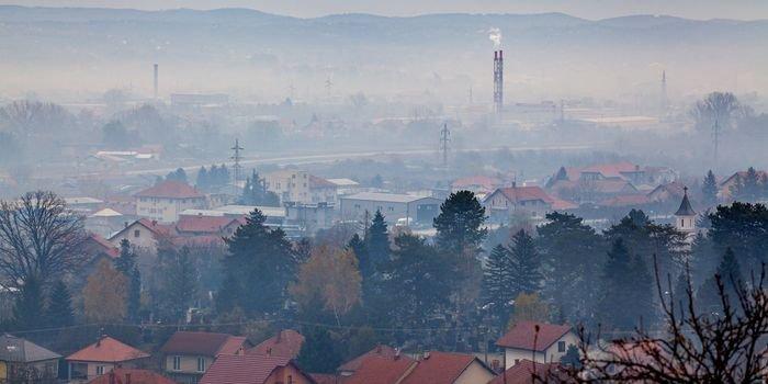 Jakie czynniki wpływają na poprawę jakości powietrza?