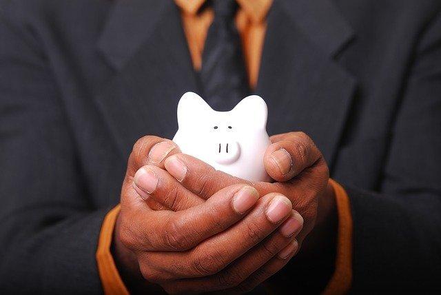Oszczędzanie małymi krokami? Pierwszy mały krok