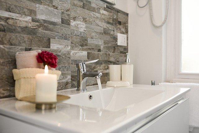 Idealna łazienka zaczyna się od sylikonu  »