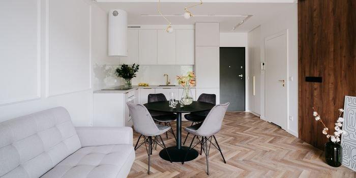 Mieszkanie nad rzeką w stylu modern classic