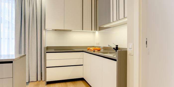 Architekt wnętrz radzi. Jak zaplanować oświetlenie w kuchni?