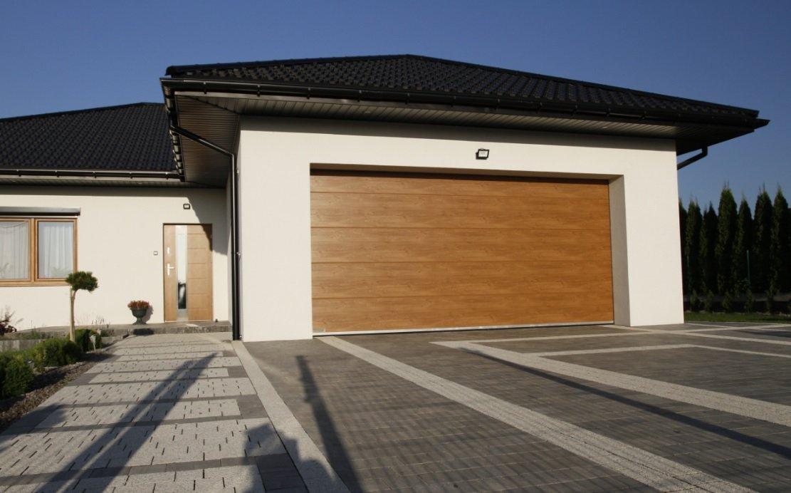 Zgrany duet – drzwi wejściowe i brama garażowa