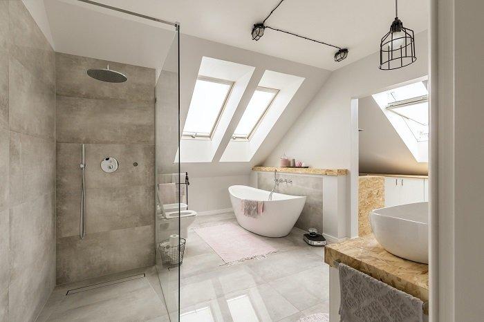 Prysznic bez brodzika – jak go zaprojektować?