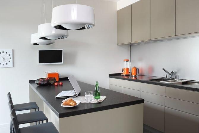 Kuchnia jest utrzymana w ascetycznym, minimalistycznym stylu.Fot. Aneta Tryczyńska