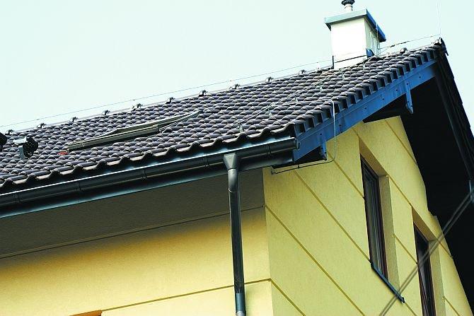 Systemy rynnowe pozwalają na gospodarowanie wodą deszczowąFot. Galeco