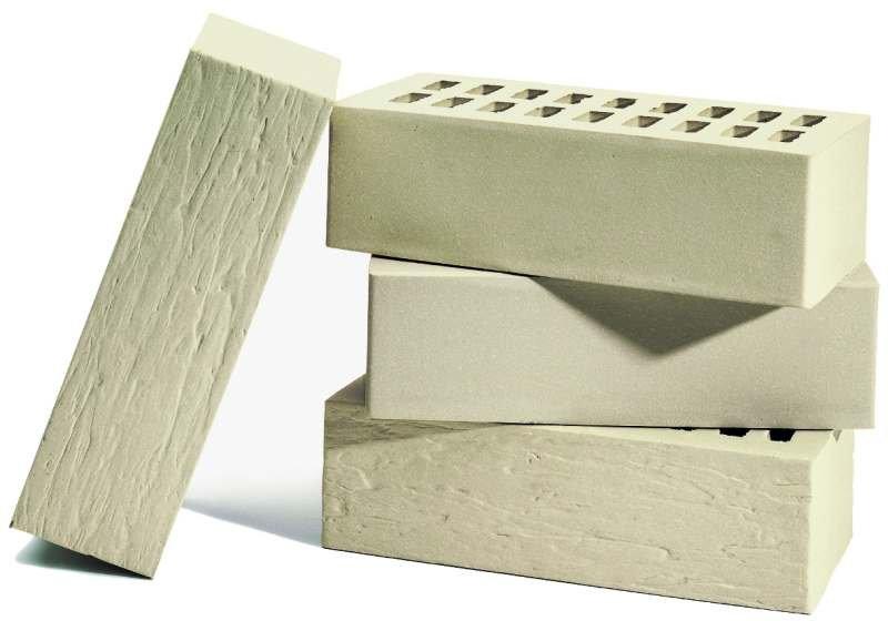 Biały klinkier produkowany jest z dodatkiem kaolinitu - minerału, z którego wytwarza się m.in. porcelanę.