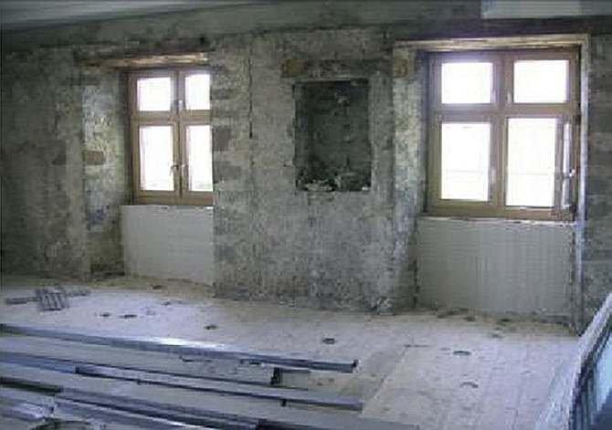 FOT. 1. Zastosowanie izolacji z aerożelu w miejscu pocienienia ściany zewnętrznej