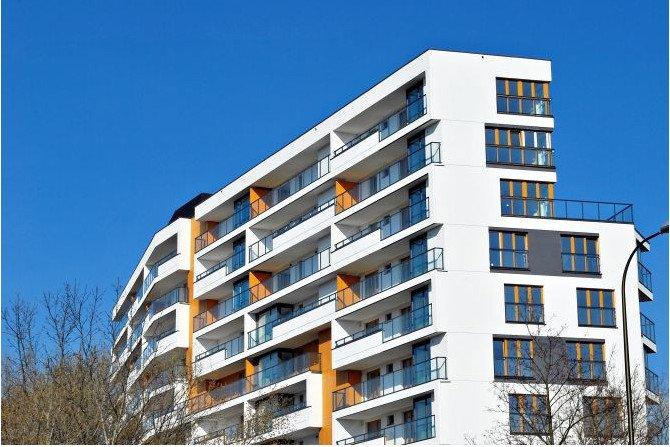 Jak dobrać grubość warstwę ocieplenia w loggiach i na balkonach? Fot. SSO