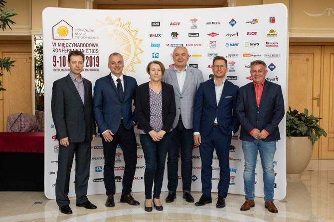 Od lewej: Marek Śliwiński, Jacek Kulig, Bożena Serwatka-Berbeć, Jacek Michalak, Kamil Kiejna, Grzegorz Burzyński Fot. SSO
