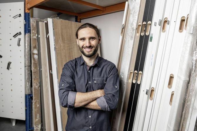 Piotr Szczęśniak, projektant nowych podkładów podłogowych