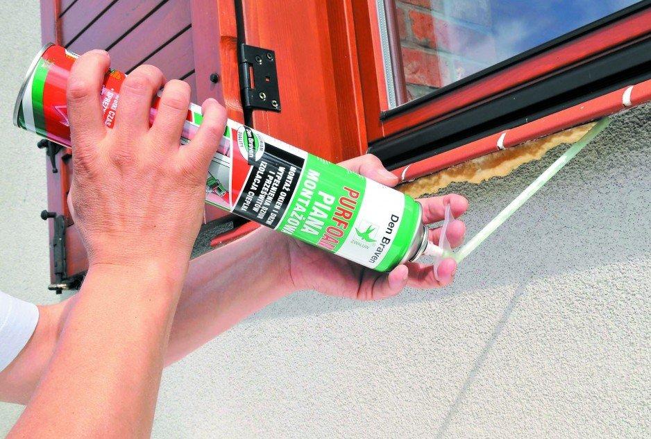Zastosowanie pianki montażowej do uszczelnienia okna