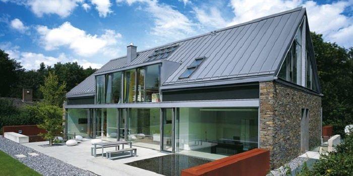 Dlaczego warto wybrać dach z tytan-cynku? Fot. Rheinzink Polska