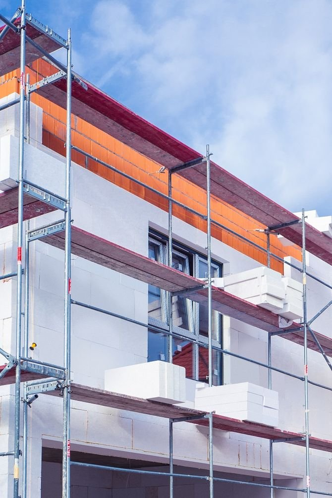 Organizacja czynnie angażuje się w inicjatywy ekologiczne o znaczeniu społecznym, a także podkreśla rolę ocieplenia budynku w dążeniu do obniżania zużycia energii i ograniczania zanieczyszczenia powietrza.