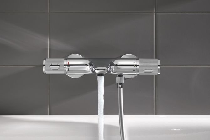 Kąpiel pod prysznicem – badanie zwyczajów konsumenckich Fot. Grohe