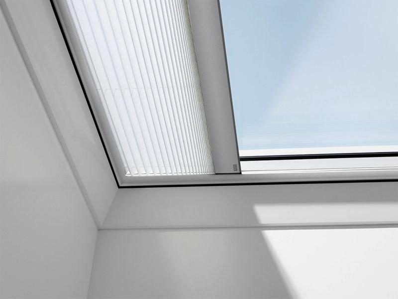 fot2 okna do dachow plaskich