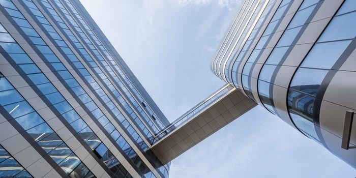Fabryczna Office Park w Krakowie – architektura bez kantów, fot. Guardian Glass